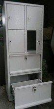 77157132 Szafa skrytkowa, 4 drzwi, 2 szuflady