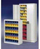 77157187 Szafa z plastikowymi pojemnikami, 42 sztuki (wymiary: 1000x800x440 mm)