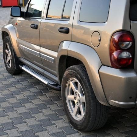 01656022 Stopnie boczne - Jeep Grand Cherokee WJ 1998-2004 (długość: 171/182 cm)