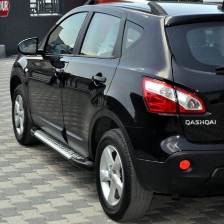 01656057 Stopnie boczne - Nissan Qashqai+2 2007-2013 (długość: 182 cm)