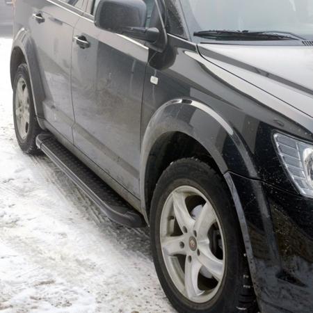 01656103 Stopnie boczne, czarne - Ford Ranger II (długość: 193 cm)