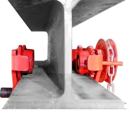 0301442 Wózek ręczny jezdny z łańcuszkiem i napędem (udźwig: 3,0 T, szerokość półki: 160-300mm)