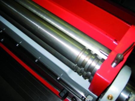44350113 Uniwersalna obrabiarka do blachy gietarka-gilotyna-walcarka-zwijarka Holzmann UBM 1070 (średnica wałków do zwijania: 42 mm, max. długość pracy: 1016 mm)