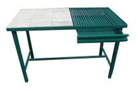 77156867 Stół spawalniczy (wymiary: 1800x700x900 mm)