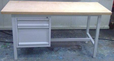 77156920 Stół warsztatowy, 1 szuflada, 1 szafka (wymiary: 1200x600x800-900 mm)