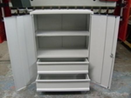 77157200 Szafka narzędziowa, 2 szuflady i 2 półki (wymiary: 1250x800x500 mm)