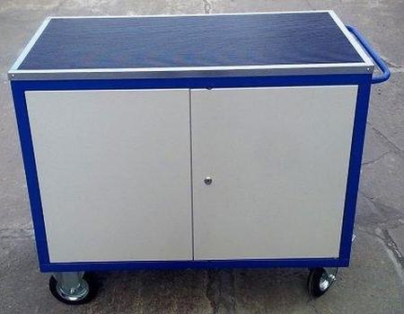 77157369 Wózek serwisowy, 2 szafki (wymiary: 1220x600x900 mm)